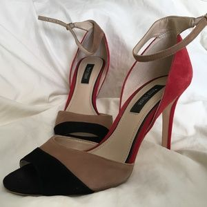 WHBM High Heeled Peep Toe Ankle Strap Shoes Size 9